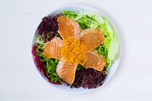 salad-seared-salmon_Fotor-300x200
